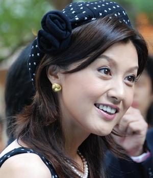 藤原紀香さんのボランティア活動や慈善事業